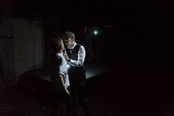Ieuan Perkins & Stan Carrodus in 'Hamlet' © Daniel Cunliffe